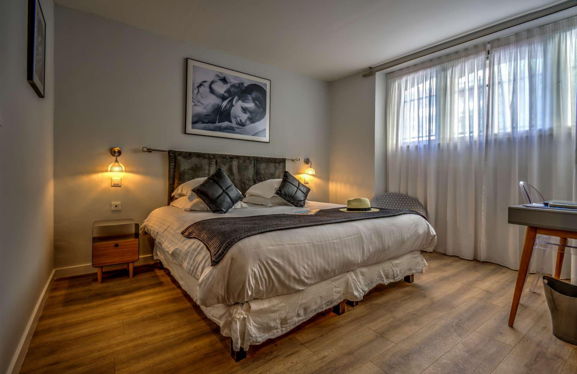 Hotel Chambresamp; De Charme Boutique Suites CannesNos yvwOmNnP80